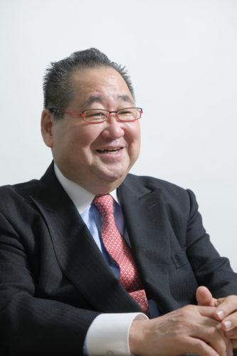 藤間秋男の写真